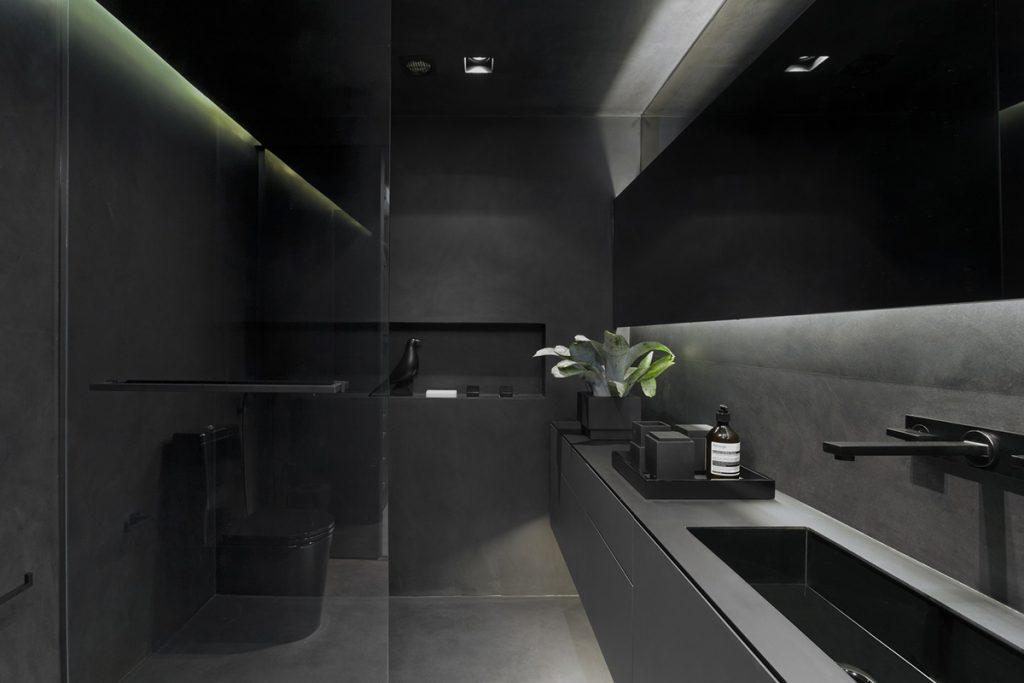 kupaonica-crna-potkrovlje-brazil-domnakvadrat