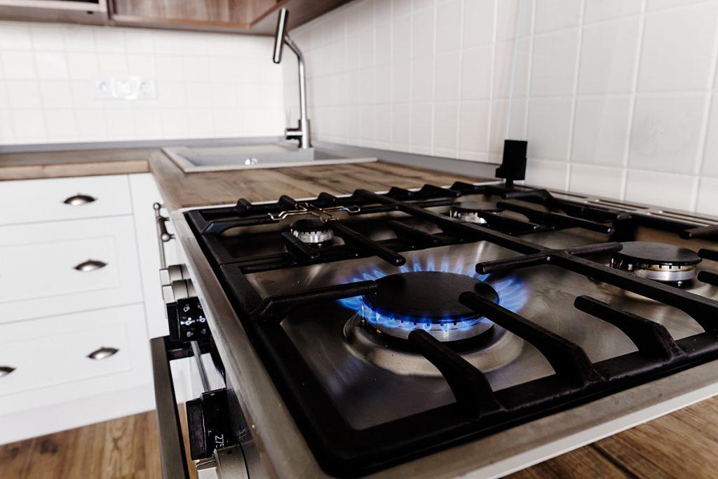 štednjak-kuhinja-domnakvadrat