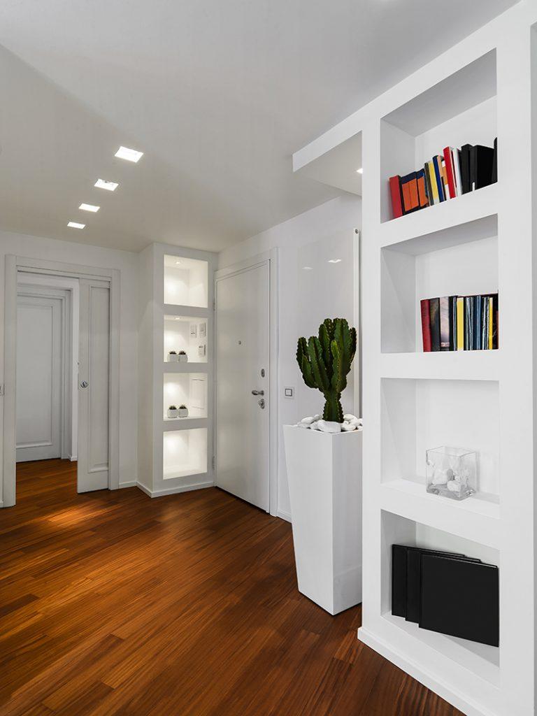 hodnik-bijeli-niša-domnakvadrat