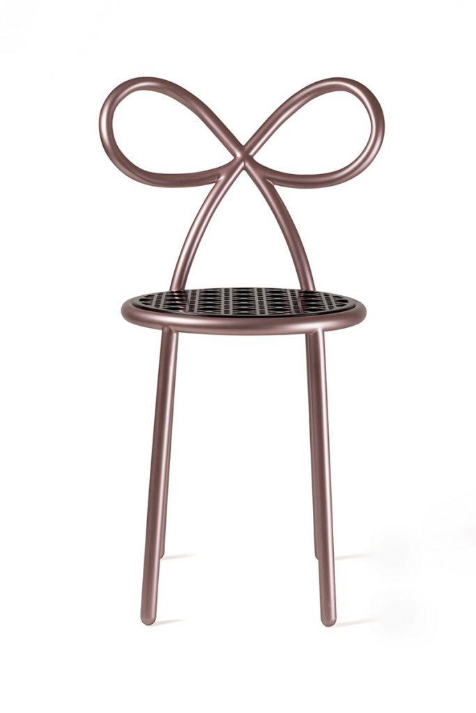 rozi-stolac-nika-zupanc-domnakvadrat