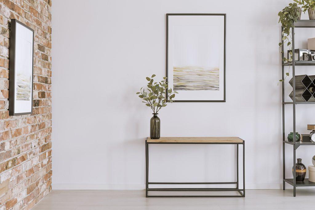 konzola-stolić-cvijeće-domnakvadrat