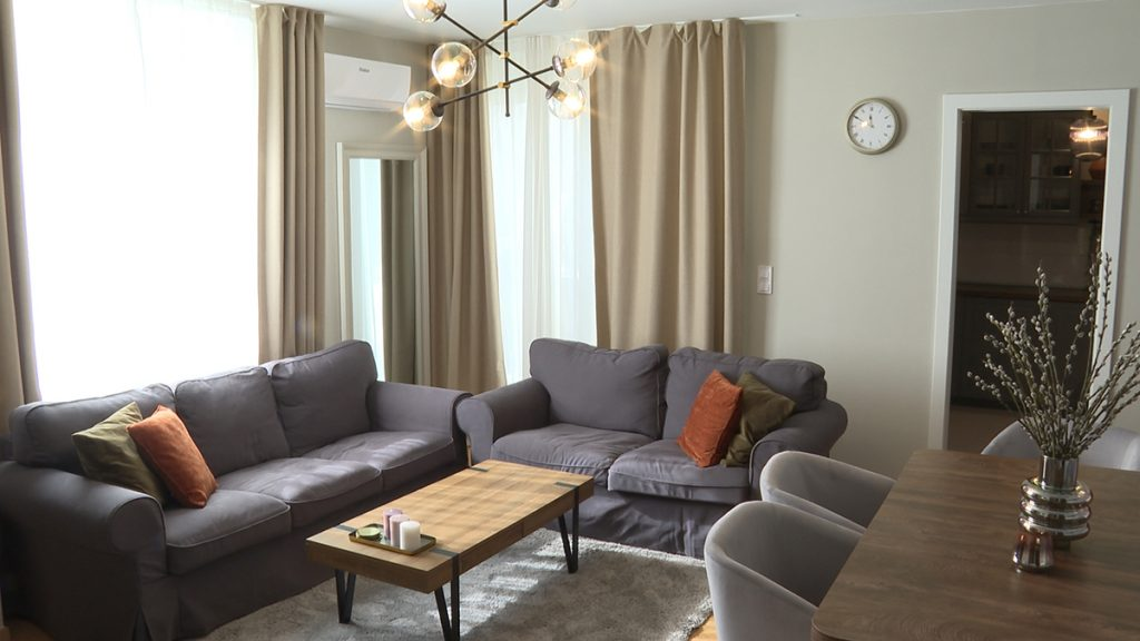 dnevni-boravak-kauči-stan-ilica-domnakvadrat