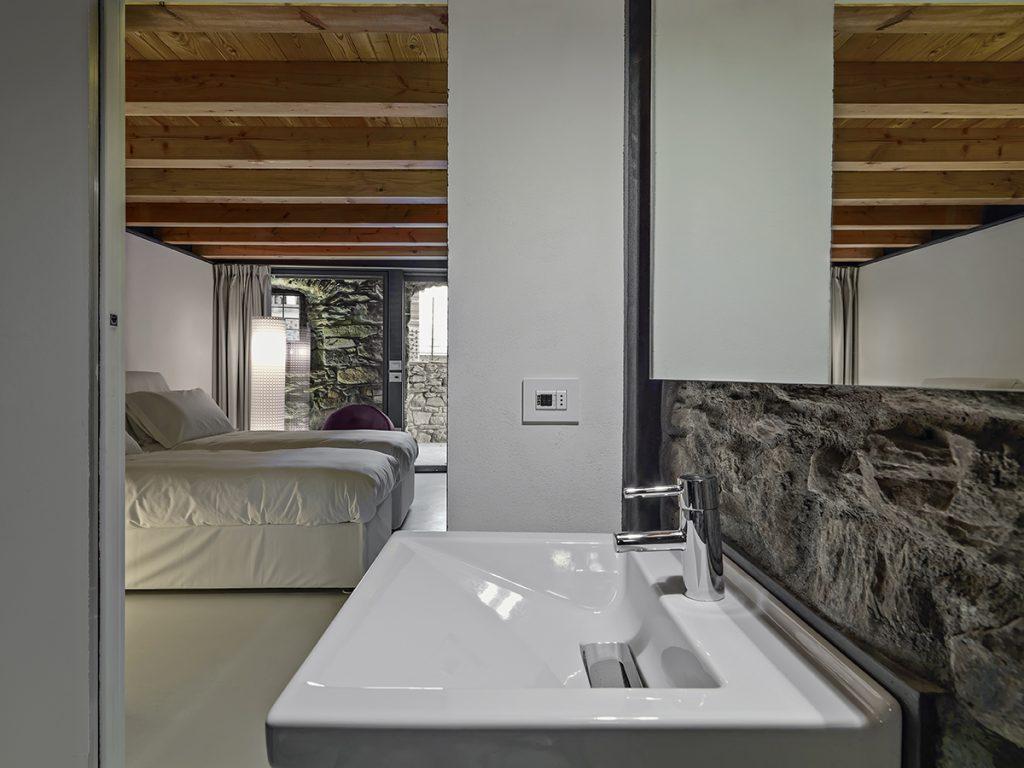 kamen-kupaonica-lavabo-domnakvadrat