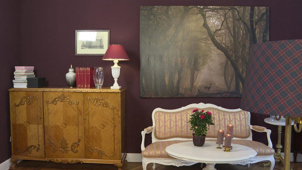 komoda-slika-sofa-antikni-stan-domnakvadrat
