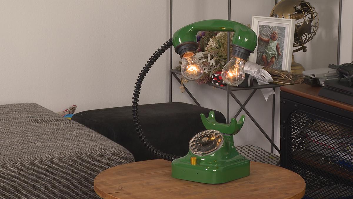 svjetiljka-zeleni-telefon-domnakvadrat