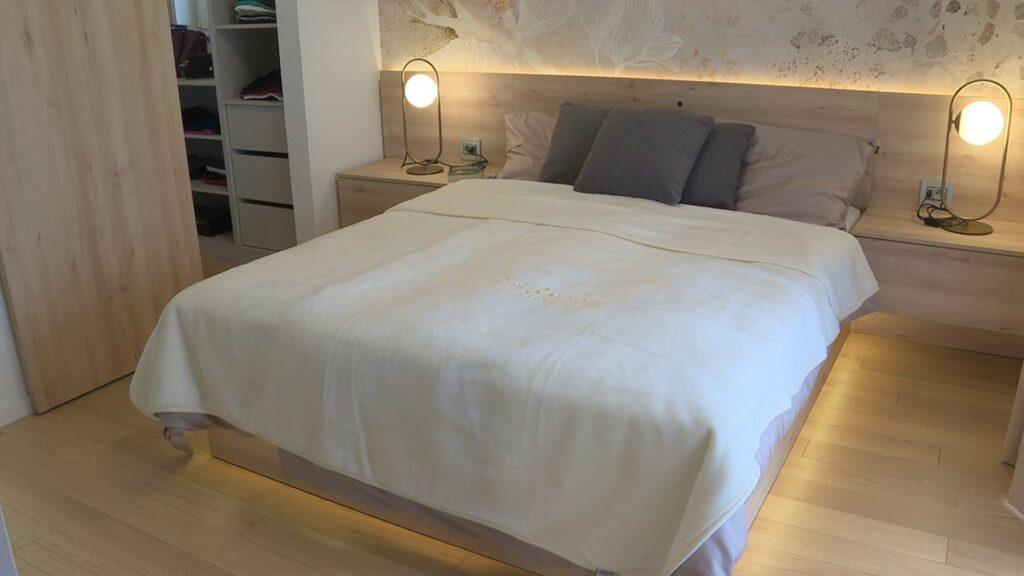 gostinjska-spavaća-soba-tapeta-domnakvadrat