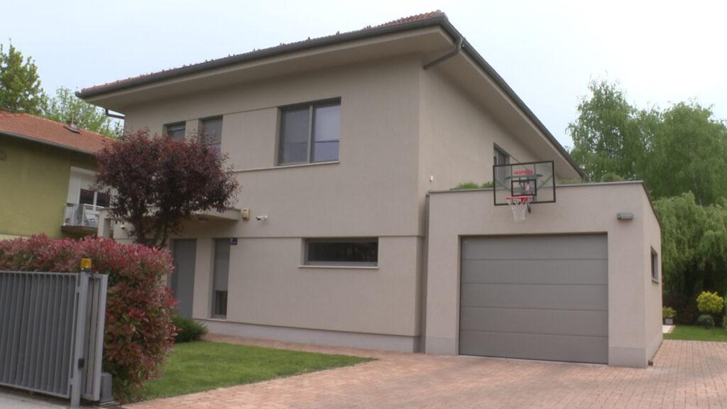 renovirana-kuća-cvjetno-domnakvadrat