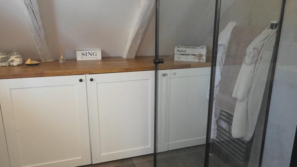 kupaonica-potkrovlje-stan-domnakvadrat
