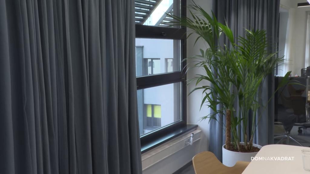 uredski prozor zrak