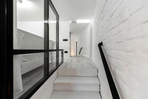 stepenice-na-kat-opera-stan-domnakvadrat
