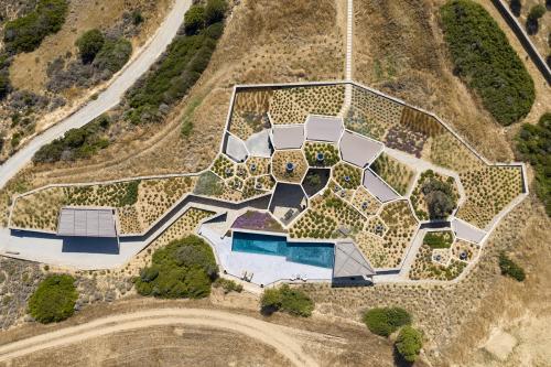 kamena-kuća-iz-zraka-grčka-domnakvadrat