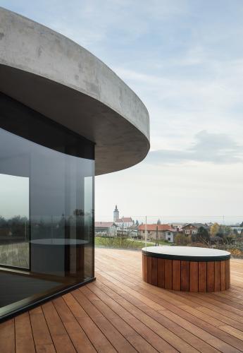 balkon-kuća-ivanić-kloštar-domnakvadrat