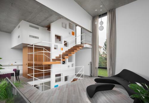 stepenice-kuća-ivanić-kloštar-domnakvadrat