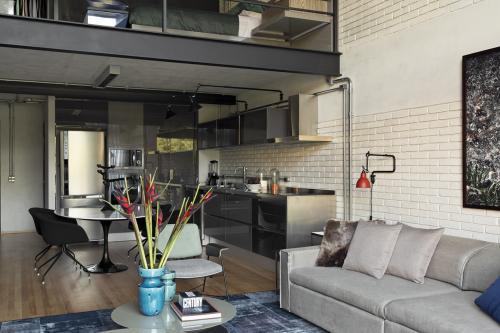 open-space-kuhinja-potkrovlje-brazil-domnakvadrat
