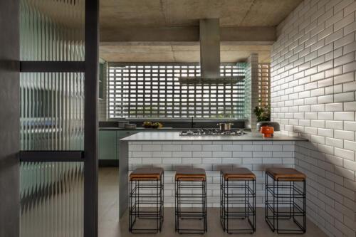 kuhinja-metro-pločice-stan-brazil-domnakvadrat