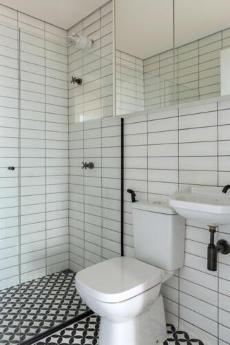 bijela-kupaonica-brazil-stan-domnakvadrat