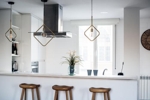 kuhinja-drveni-elementi-visilice-domnakvadrat