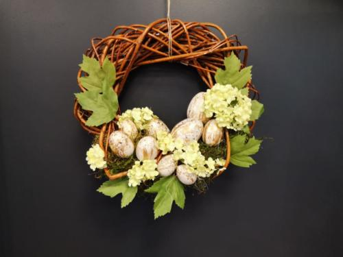 uskrsni-vijenac-natur-iris-mbm-vrtni-centar-domnakvadrat